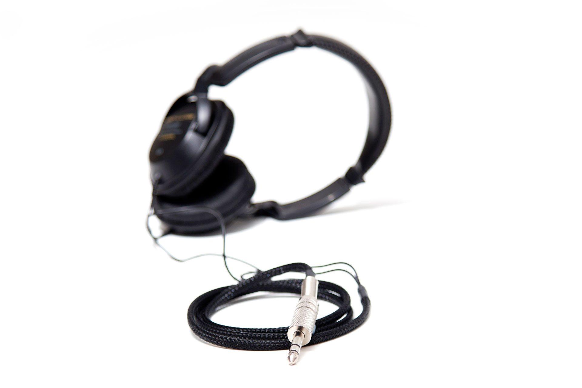sw-02_headphone